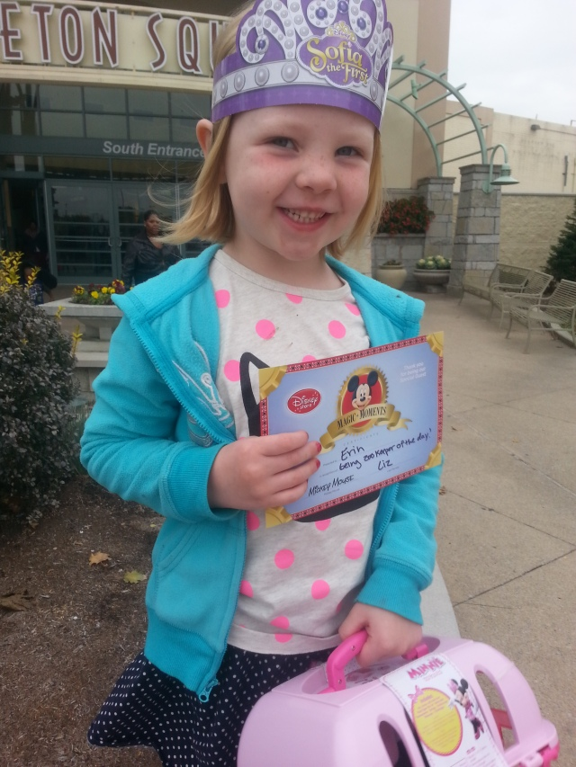A very pleased Zoo Keeper of the Day, along with her certificate and crown.